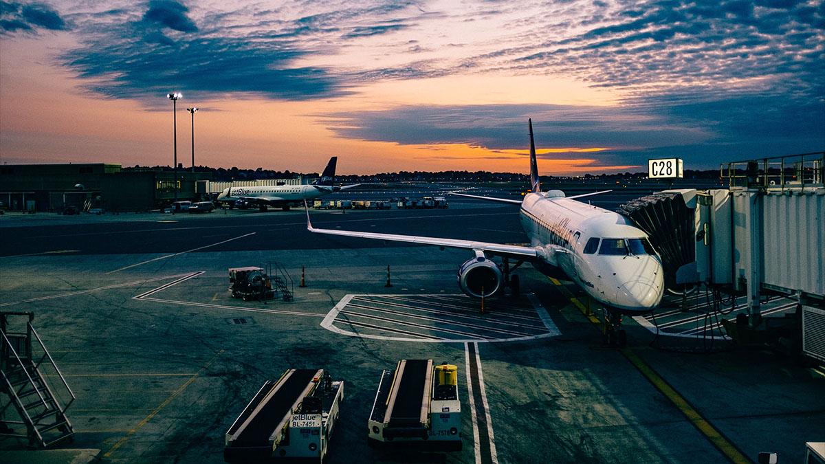 airplanes at airport terminal