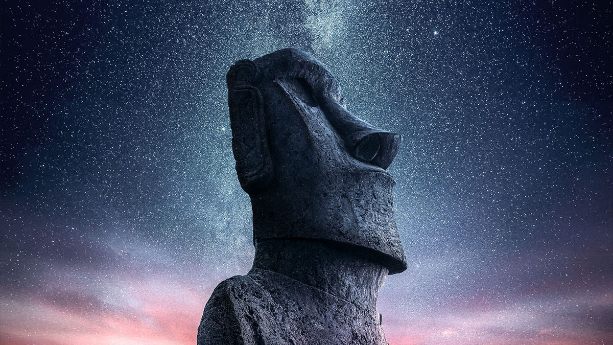 moai at night