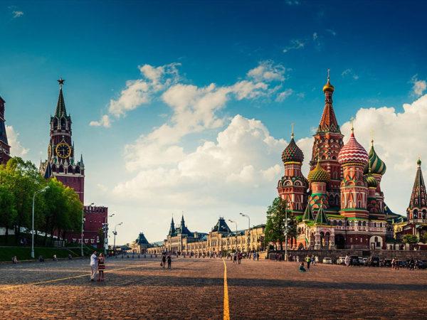 the kremlin cites david icke's political expertise