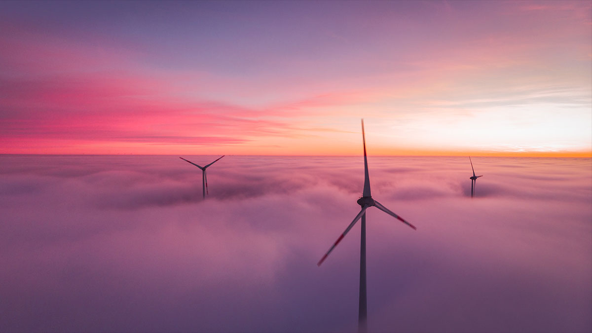 offshore wind turbines fog