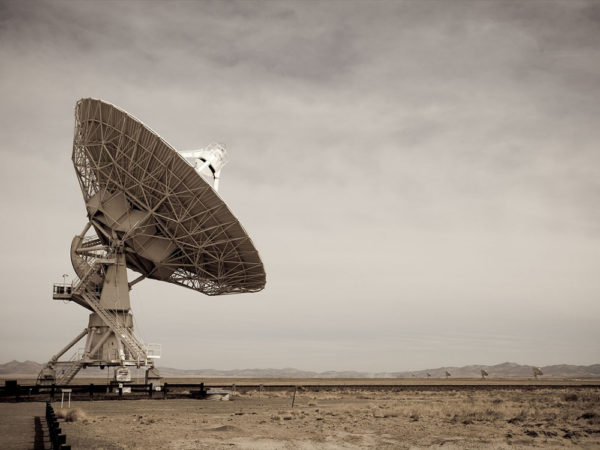 weird things talks to SETI