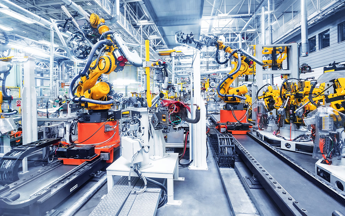 robots in car assembly plant