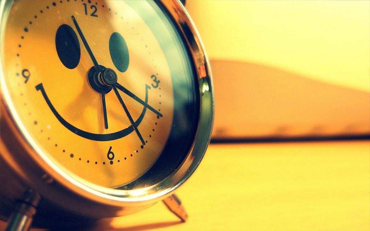 smiling alarm clock