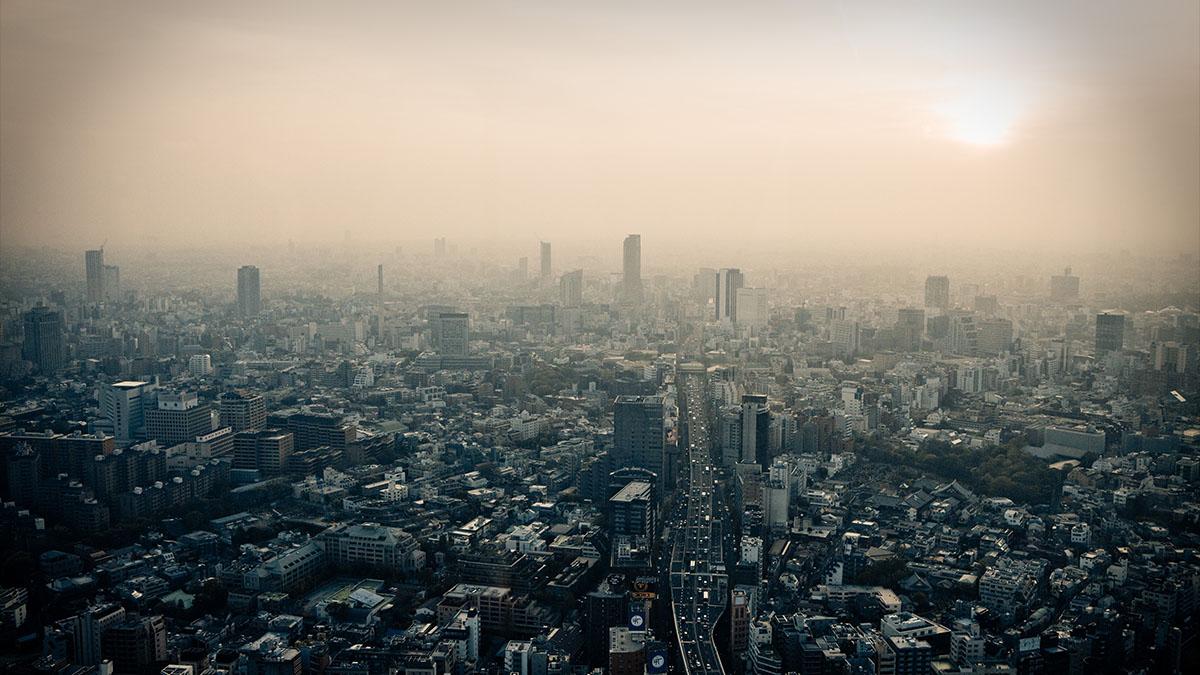 smoggy tokyo