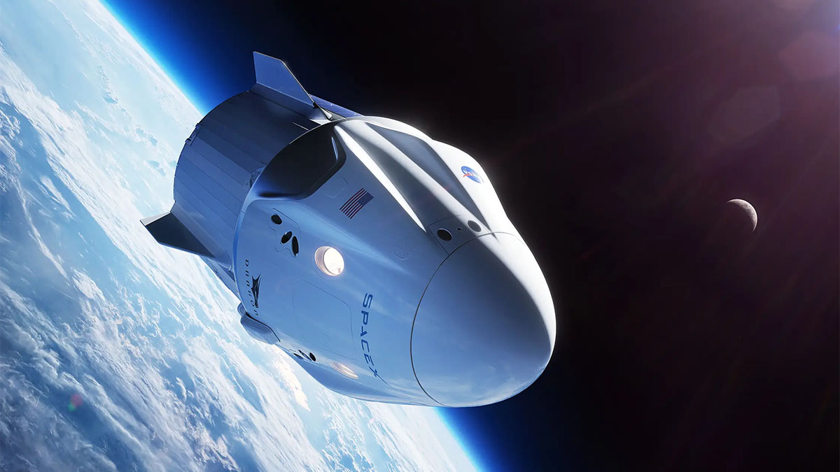 spacex dragon crewed